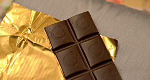 delicious, chocolate, gift idea, treat, indulgent, sugar, dark chocolate, milk chocolate, caramel chocolate, chocolate addict